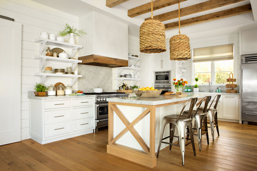 Create A Relaxed Beach House Ambiance