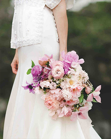 50 shades of pink bouquet for spring spring wedding the noveau Romantics. Picture: the nichols