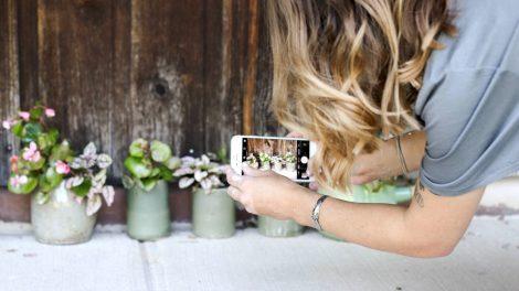 DIY: Painted plant pots