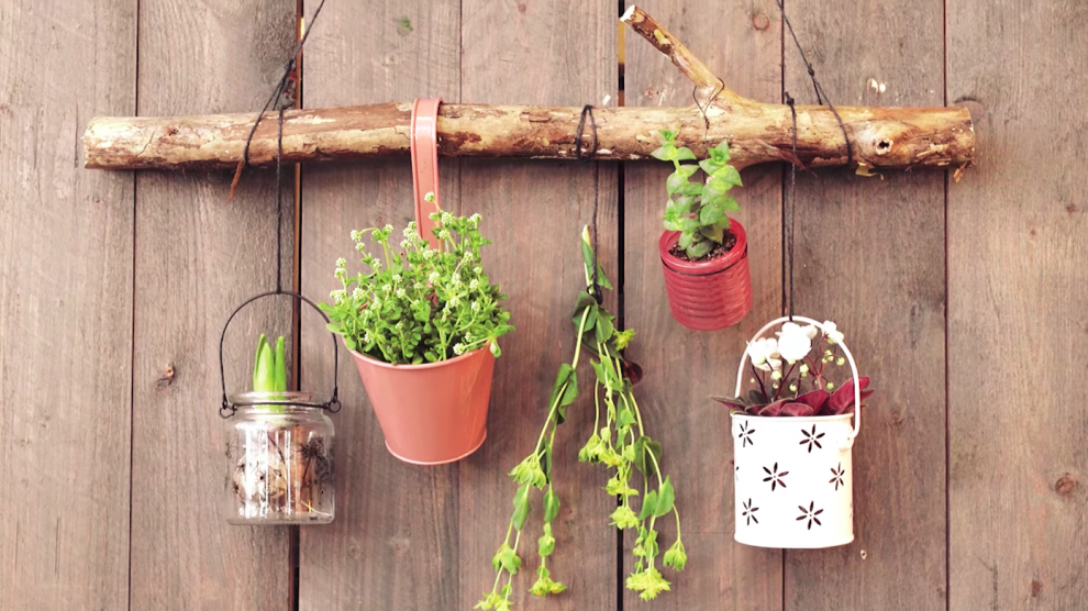 wall decoration for flowerpots