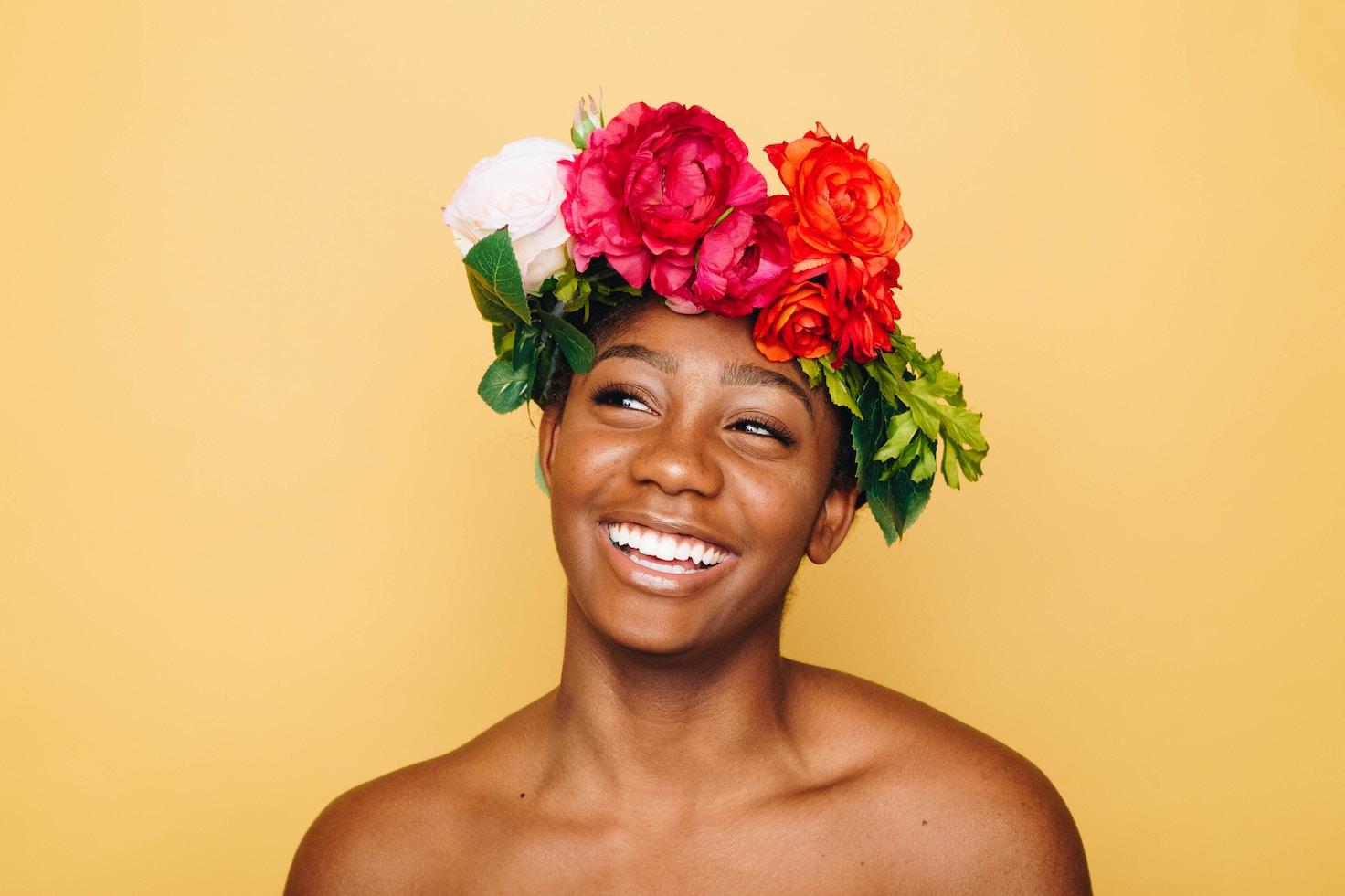 Zo maak je een bloemenkrans voor in je haar
